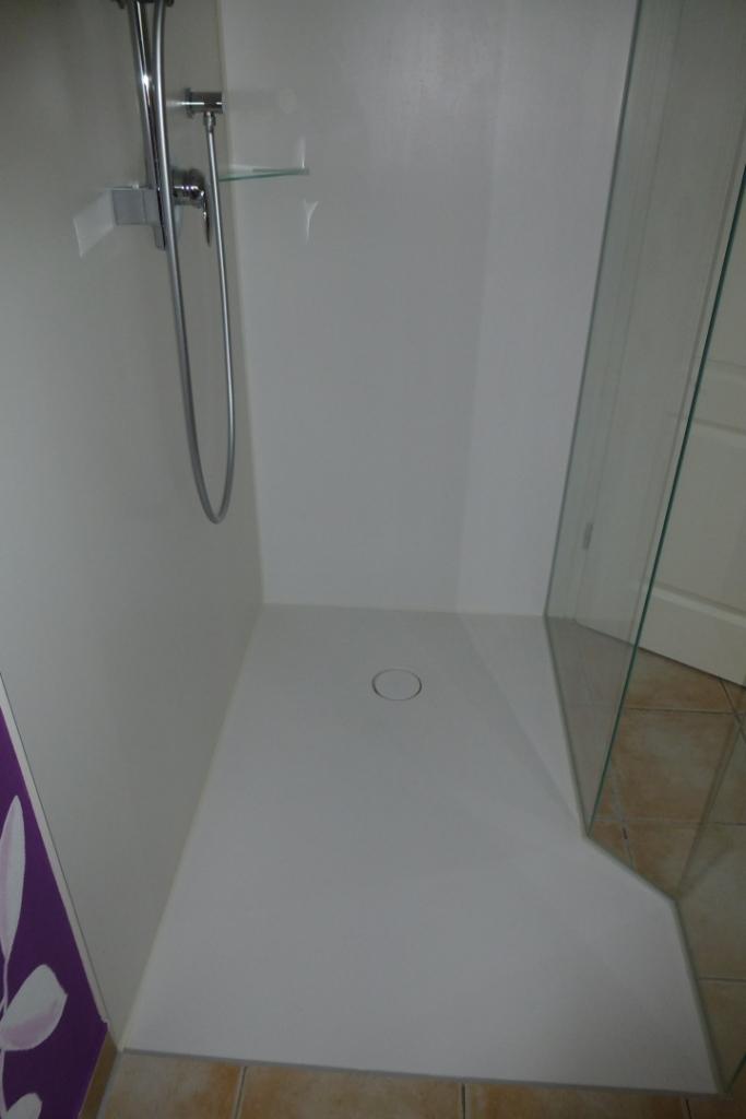 Kunststoffplatten dusche 28 images die besten 17 ideen for Badezimmergestaltung mit dusche
