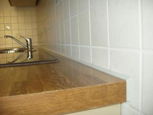 14.11 Siliconfugen an Küchenarbeitsplatte