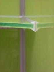 17-002-glas-komplett-eingebettet-in-der-siliconfuge