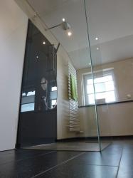 9.03 Duschkabine 3-seitig - Glas ohne Türe - alle Glasscheiben mit Silicon gegeklebt